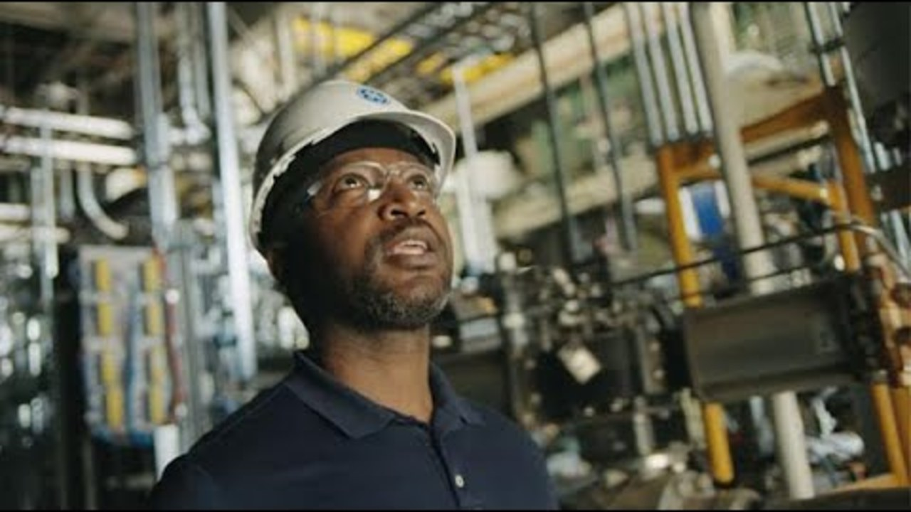 GE - Building A World That Works | :60 Commercial