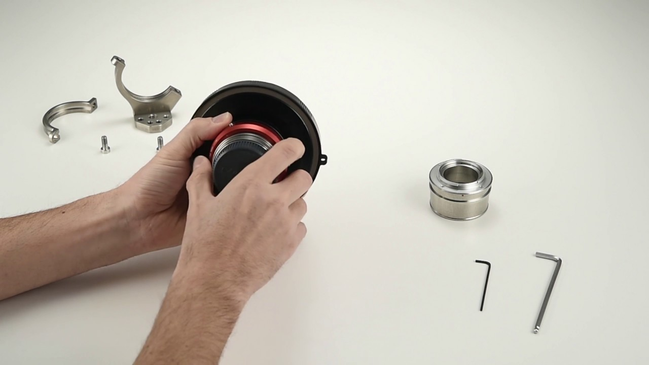 How to change the lens mount adapter