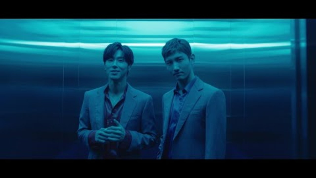 東方神起 / 「Hot Sauce」Music Video
