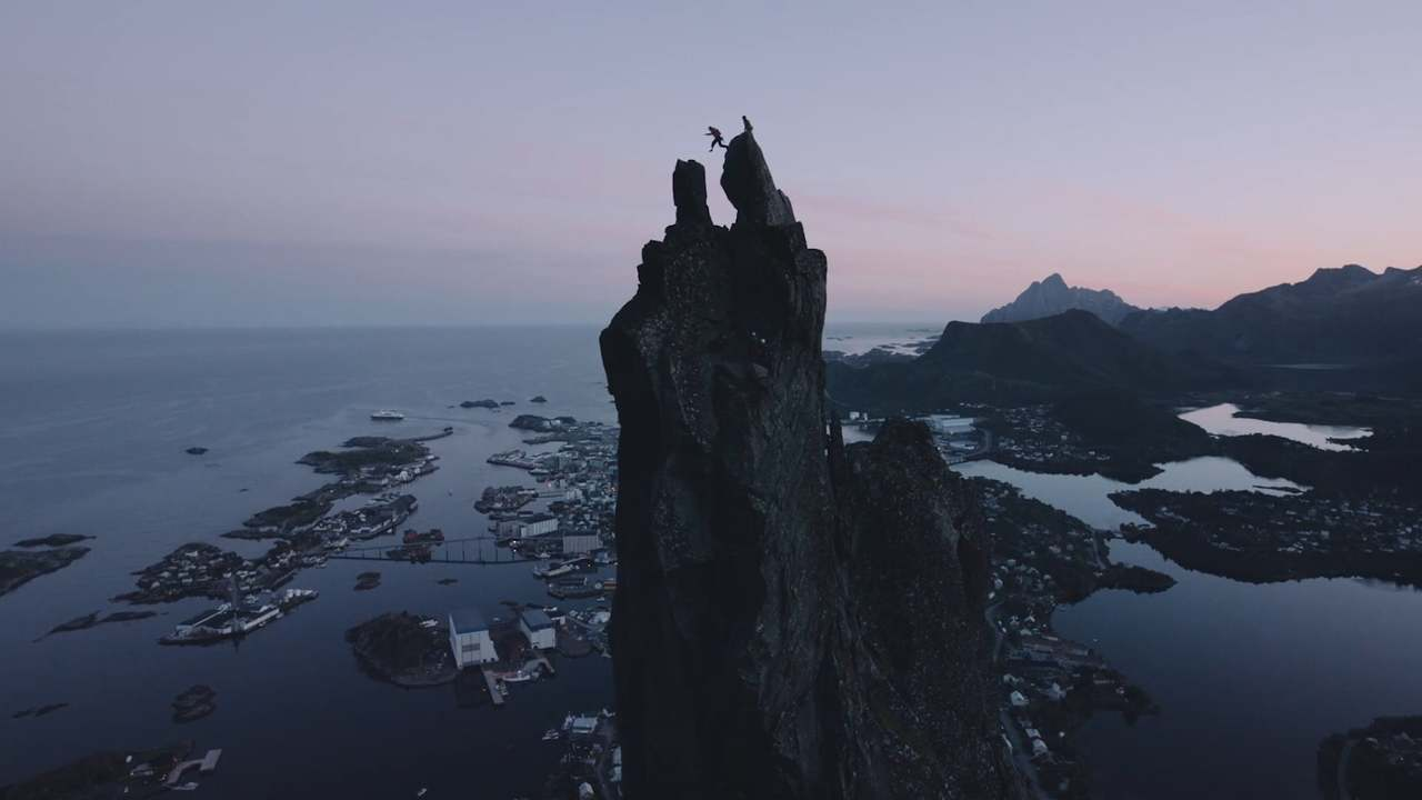 #LifeChangingPlaces - LOFOTEN - Chris Burkard